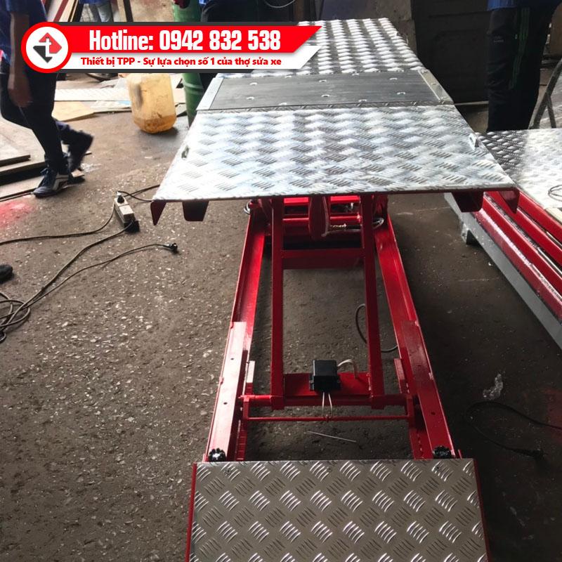 tt-bnya, bàn nâng xe máy, bàn nâng xe máy tiêu chuẩn yamaha, bàn nâng sửa chữa xe máy, bàn nâng xe máy sử dụng điện