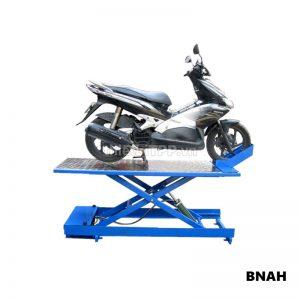 bàn nâng xe máy điện, bàn nâng sửa xe máy thủy lực, bàn nâng xe máy Honda, bàn nâng xe máy bằng điện, bàn nâng sửa chữa xe máy