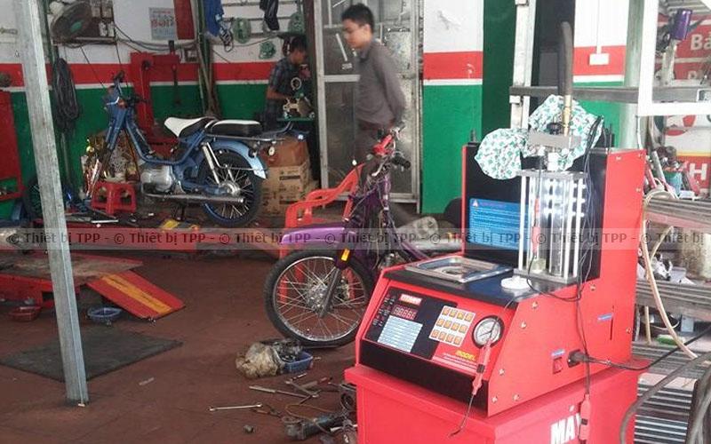 máy súc rửa kim phun, máy ssuc béc kim phun fi