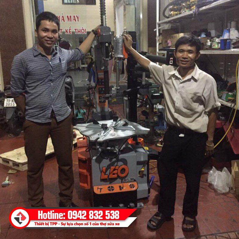 Ban Giao May Ra Vao Lop Leo L8087s 390h Khach Hang Quang Nam