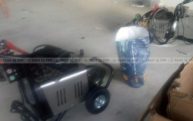 máy rửa xe cao áp đẹp, máy rửa xe cao áp cho tiệm, máy rửa xe cao áp inox