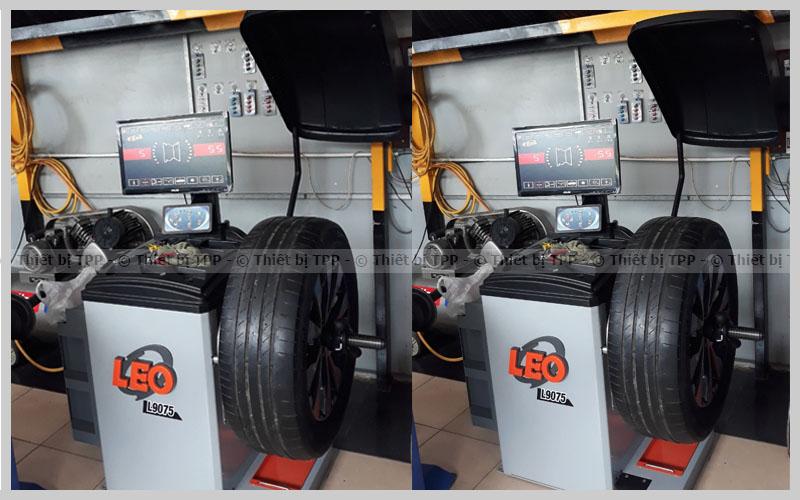 máy cân bằng lốp loại nào tốt cho lốp xe ô tô, xe du lịch