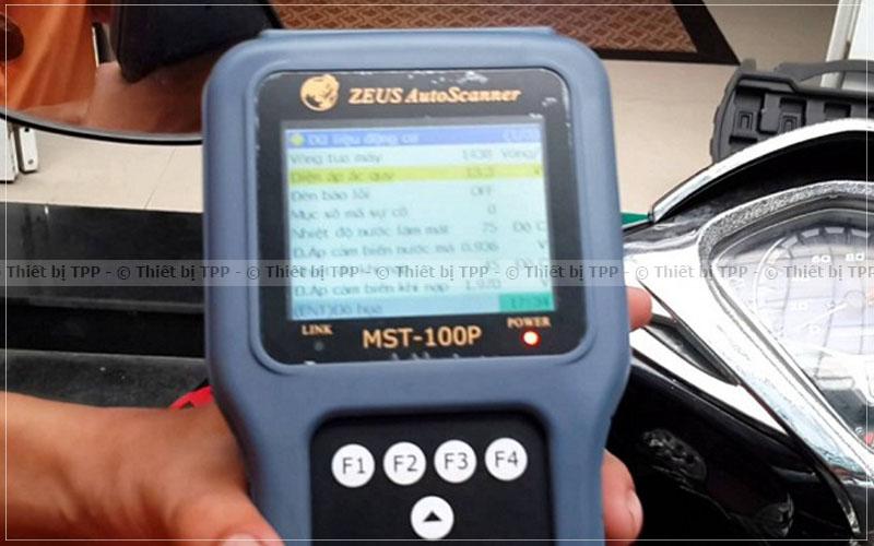 máy đọc lỗi xe máy, giá máy đọc lỗi xe máy, máy đọc lỗi xe máy giá bao nhiêu tiền