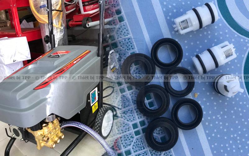Các loại phớt của máy rửa xe, máy rửa xe cao áp, máy rửa xe áp lực cao, máy rửa xe áp lực lớn
