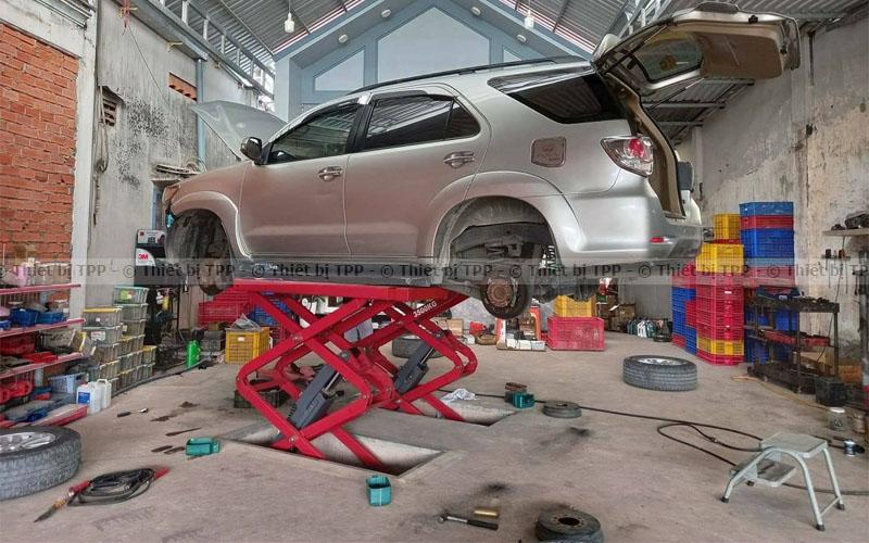cầu nâng cắt kéo, cầu nâng cắt kéo giá rẻ, giá cầu nâng cắt kéo, cầu nâng cắt kéo chính hãng, giá tiền cầu nâng cắt kéo