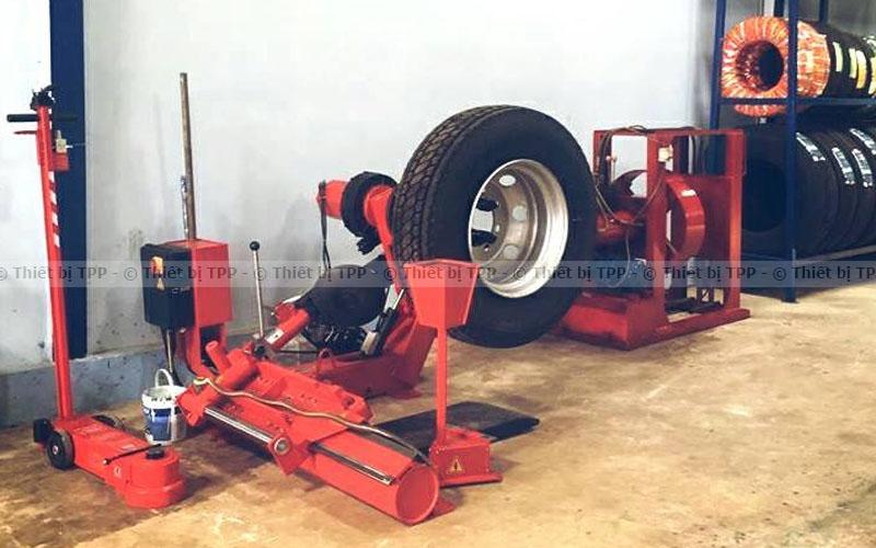 thiết bị vào lốp xe tải, thiết bị vào lốp xe giá rẻ, thiết bị vào lốp ô tô, thiết bị vào lốp xe máy, thiết bị vào lốp xe chính hãng