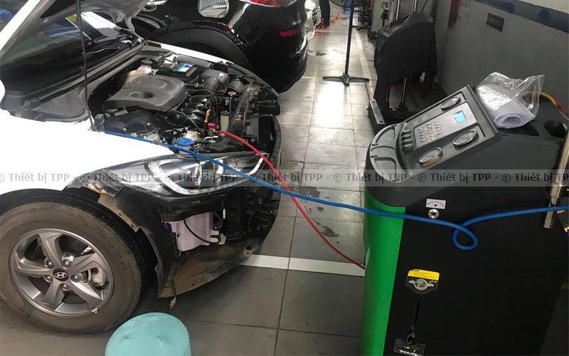 các bước nạp gas điều hòa cho xe tải