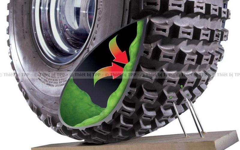 Phương pháp vá lốp ô tô bằng keo tự vá