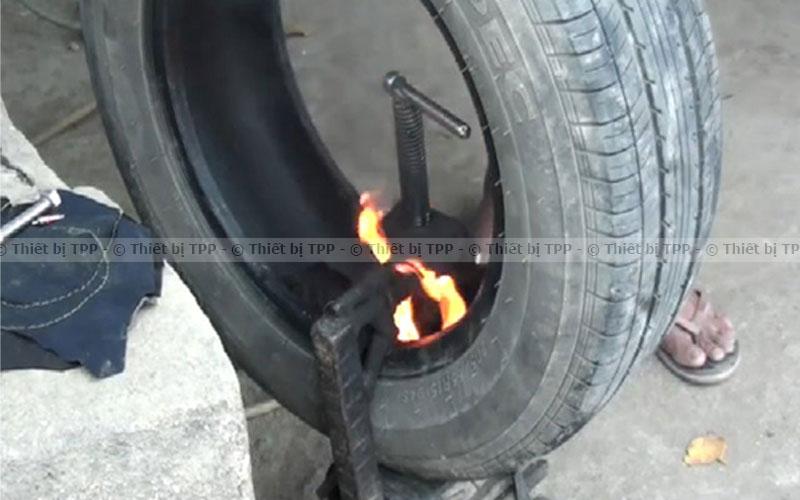 Phương pháp vá trong lốp xe